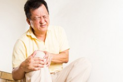 Minorities less likely to have knee replacement surgery, more likely to have complications