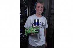 Student prints 3D prosthetic hand for $15