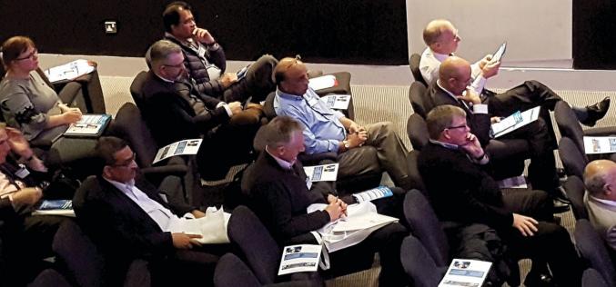 Key speakers help shape the future of knee surgery