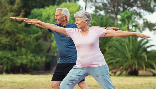 High postural sway doubles older women's fracture risk
