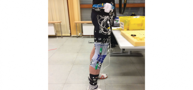 Smart knee bandage for relief of arthrosis patients