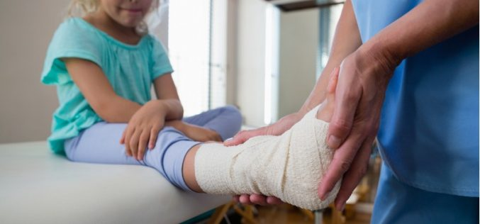 Ibuprofen does not hinder bone fracture healing in children