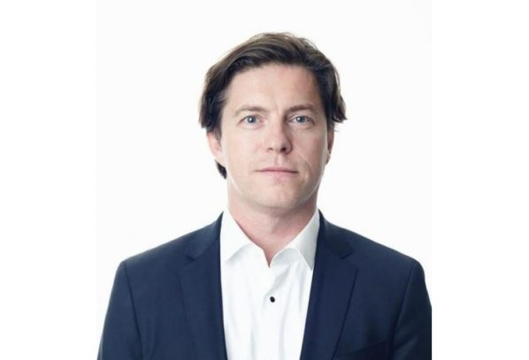 Surgeon in focus – Professor Roger van Riet